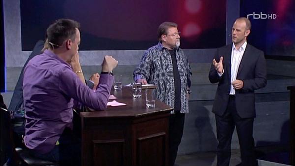 rbb, Krimi-Rateshow - Vier Unschuldige und ein Todesfall, Dirk W. Eilert als Experte in der Sendung